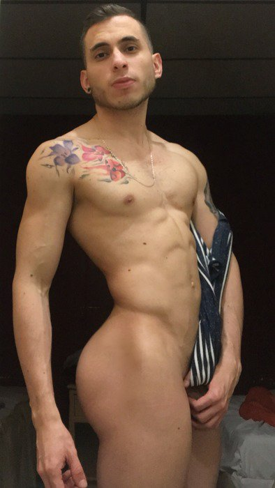 Rico culo. #CuloDeMacho https://t.co/dTv...