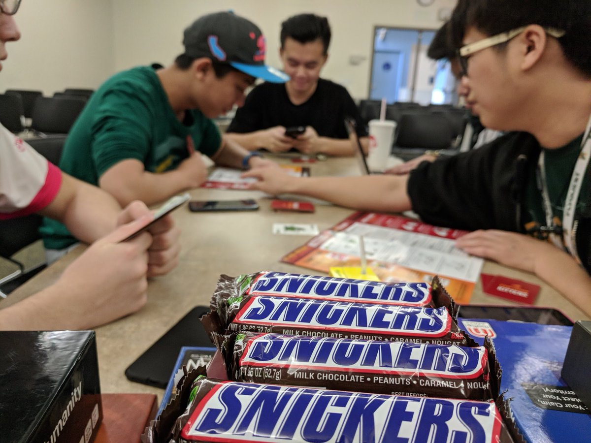 It's a gaming frenzy at our #NALCS viewing party with @TAGatUCI!  Remember to cheer #FLYWIN with us during our game versus @OpTicLoL at ~4pm PST 💚 #EatASNICKERS