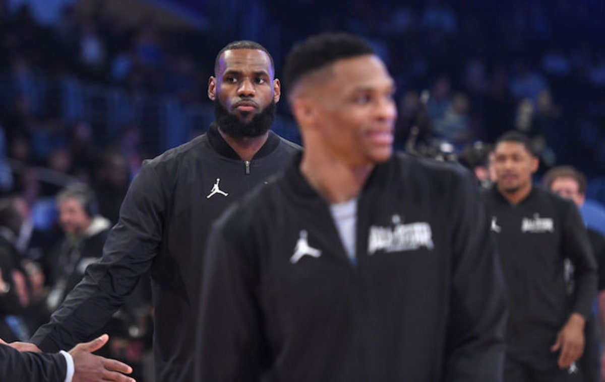 Russell Westbrook's alley-oop to LeBron had people wishing they played together in OKC. https://t.co/eCnl9tmz0z