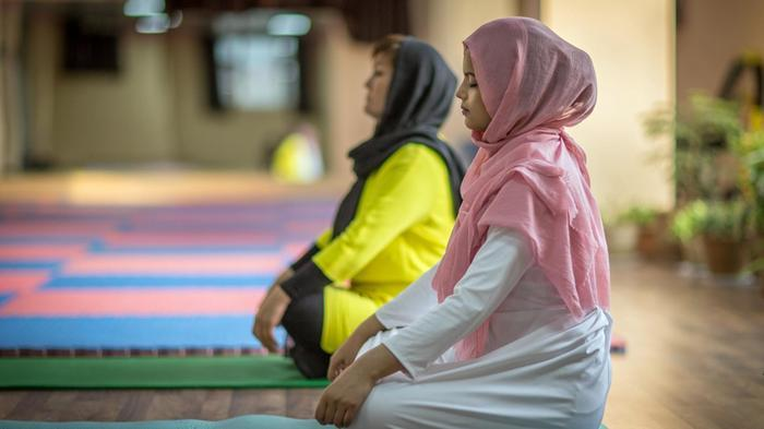 The founder of Kabul's first yoga centre on the challenges and blessings https://t.co/QwMtSYhrKG