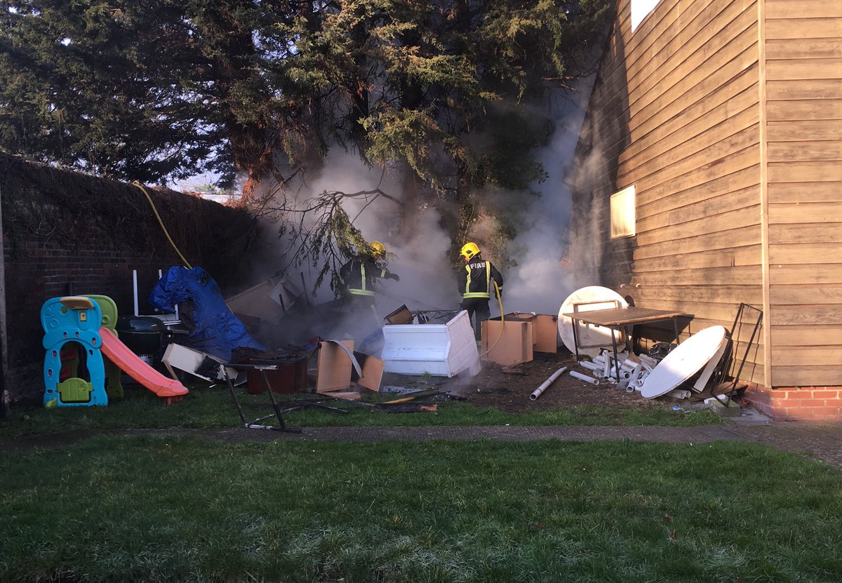 The quick actions of firefighters prevented significant damage to the sports pavilion in #Tottenham https://t.co/R6CaQg4iBW