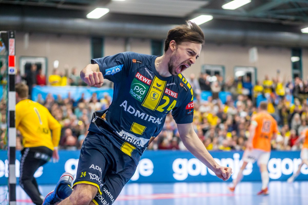 RT @ehfcl: Round 12... fight!  What team do you support? #veluxehfcl #handballpassion https://t.co/ojHXw71HnM