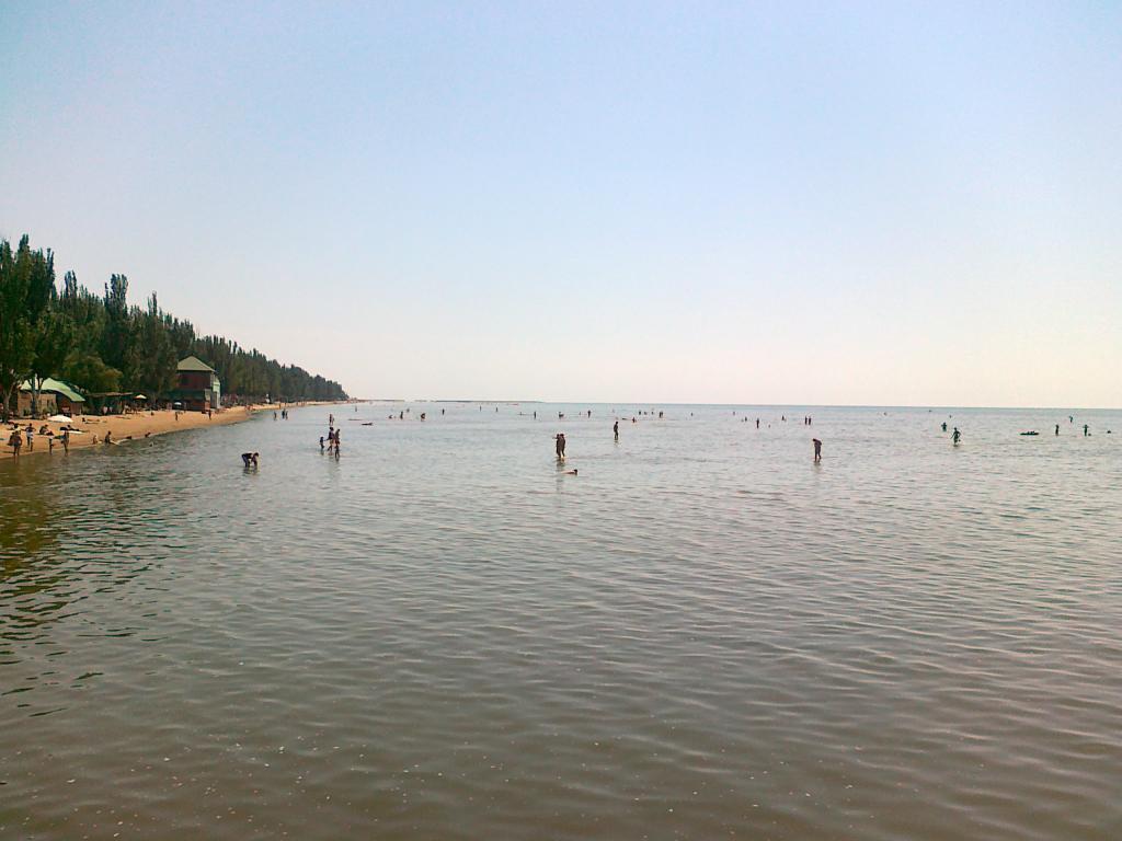 фото мариуполя левый берег несмотря это