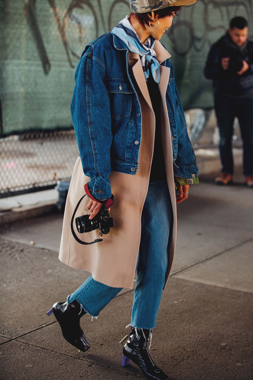 New York Fashion Week: Shop The Street Style https://t.co/r3XfyC7RfA https://t.co/x9FvRINM6I