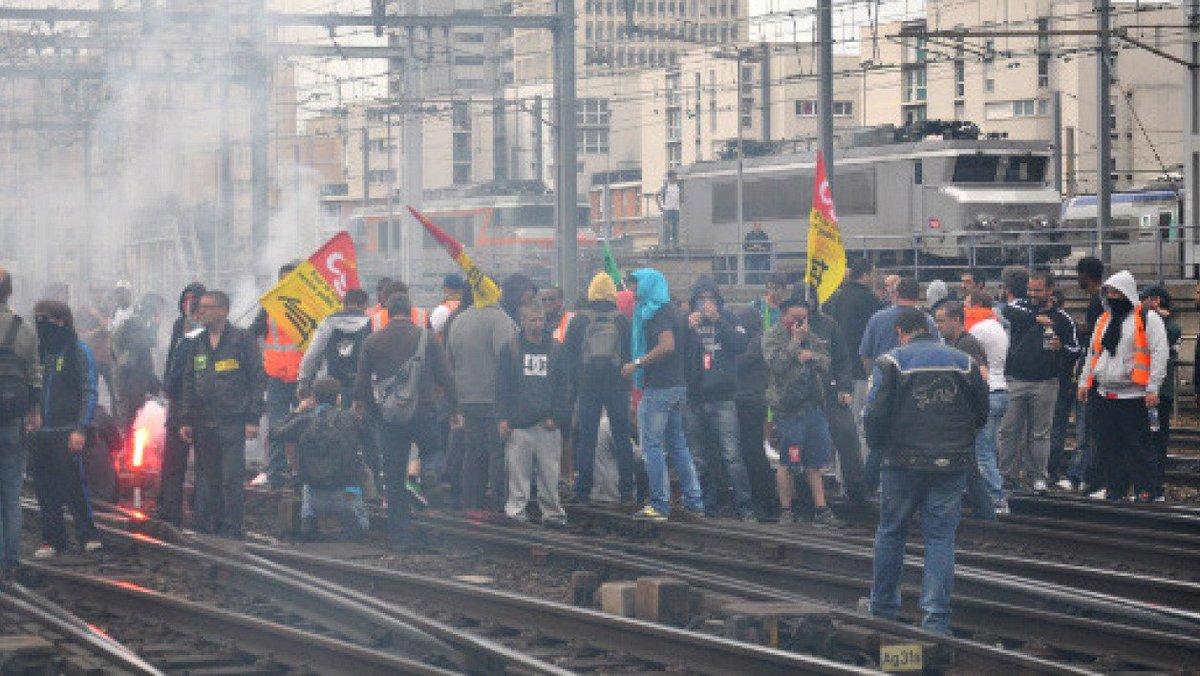 #SNCF Après l'annonce du gouvernement de vouloir réformer la SNCF, les syndicats, dont la CGT, appellent les cheminots à faire grève le 22 mars prochain. Peuvent-ils vraiment bloquer le pays ? #GGRMC