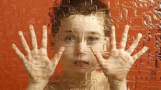 La Haute autorité de santé (HAS) a émis lundi de nouvelles recommandations sur le dépistage de l'autisme, afin de permettre un diagnostic plus précoce chez les enfants, crucial pour leur avenir. https://t.co/tliCgYjO8F