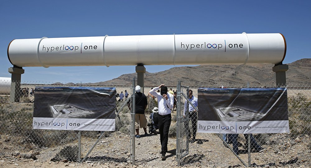 British tycoon Richard Branson promises operational #Hyperloop in #India by 2024 https://t.co/RFcHdwLIgL