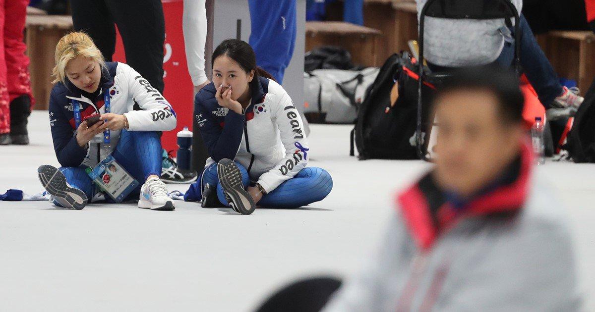[올림픽] 빙속 팀추월 김보름 '4강진출 가능했는데…의사소통 안 돼'...