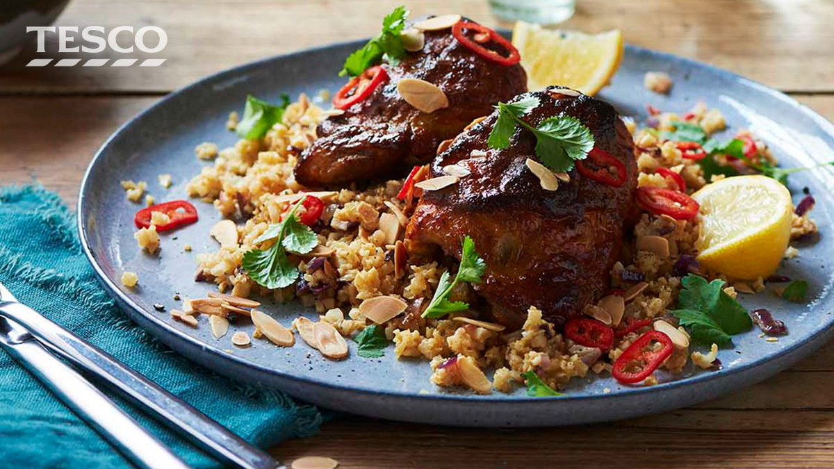 Tesco tesco twitter the charred spicy crust on the oven baked thighs really makes this curry extra tasty ideal for a family fakeawayfriday httptestandorrichicken solutioingenieria Images