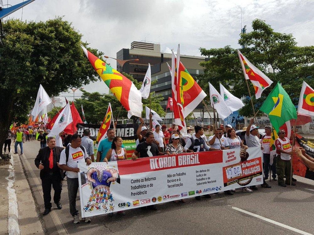 Em Belém, trabalhadores fazem caminhada em protesto contra a reforma da Previdência https://t.co/6hz4zYCtOV #G1
