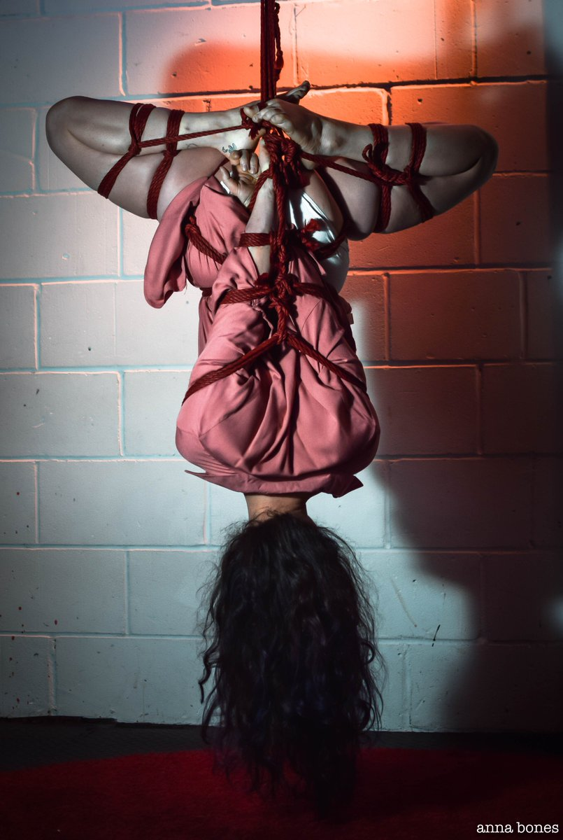 RT @AnatomieStudio: The wonderful @fuoco_fet tied by...