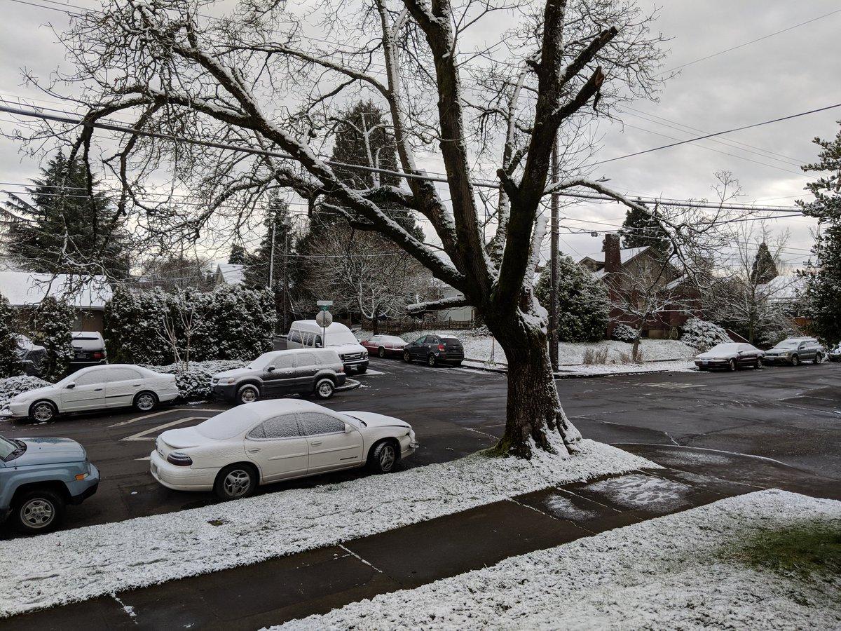 Похуй на улице зима или весна все зависит от количества бухла