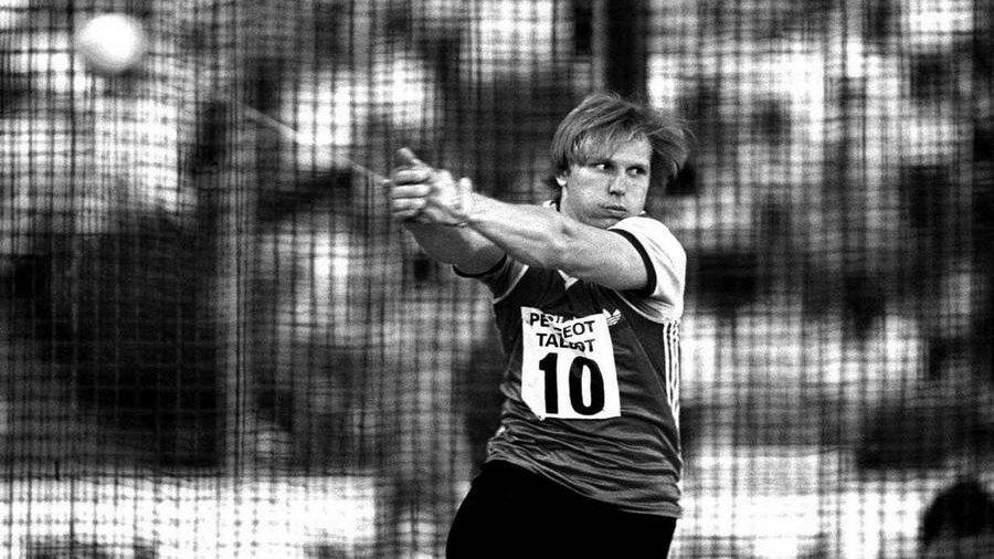 На сборах в Сочи умер олимпийский рекордсмен в метании молота Литвинов:  https://t.co/0pKcjYa7hs