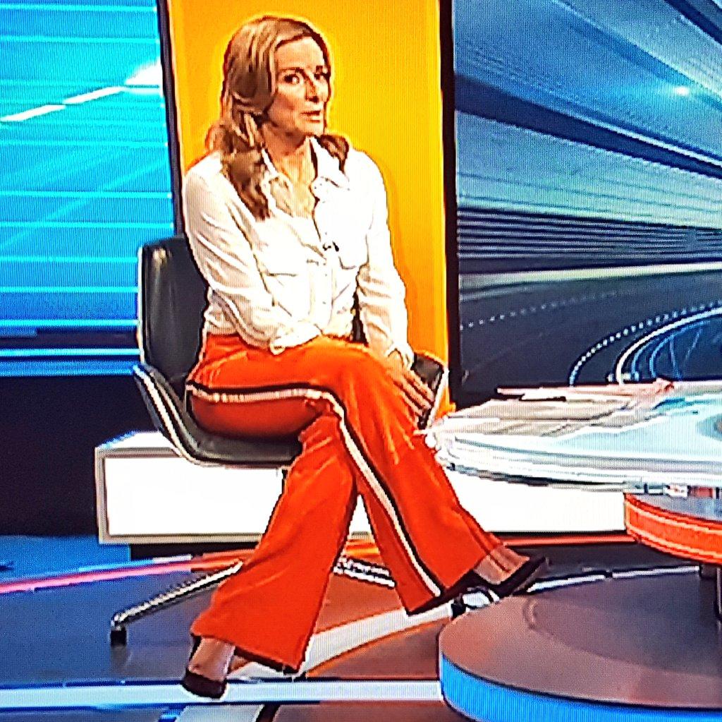 Gabby presenting FA Cup #MOTD #GabbyLoga...