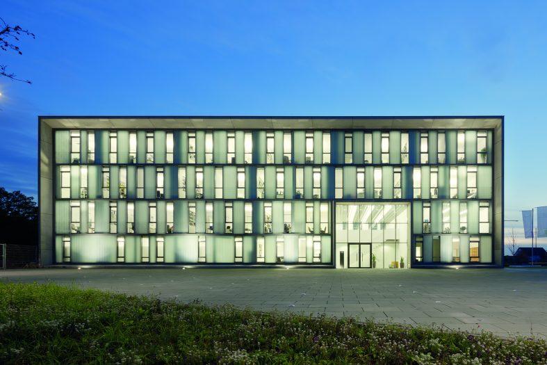 ... Fichter Von Pauly+Fichter Architekten #BDA Im @DAZ Glashaus über Ihre  Arbeit. Https://bda Bund.de/events/neu Im Club Im Daz Glashaus Paulyfichter/  U2026