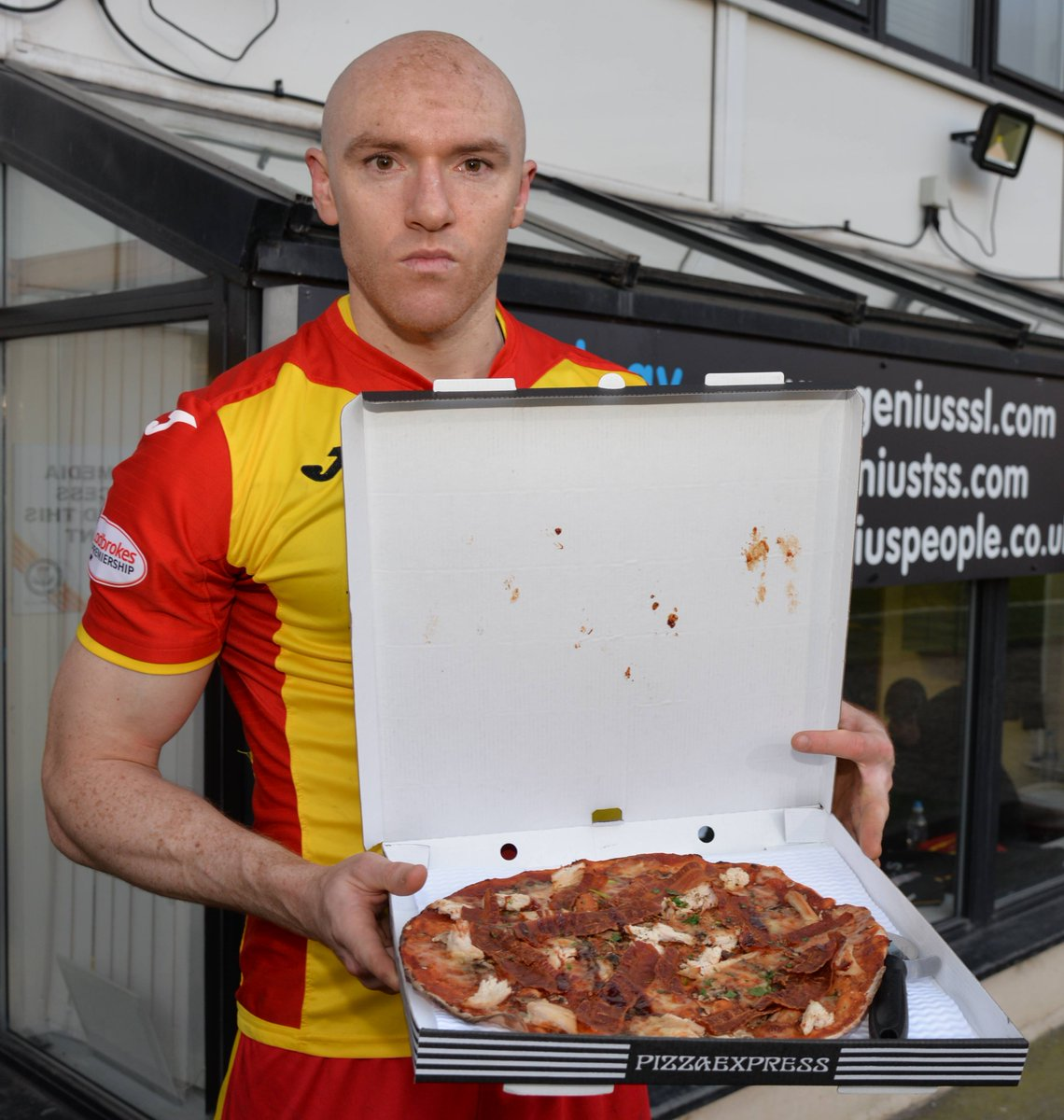 Partick Thistle Fc On Twitter Conor Sammon Received His