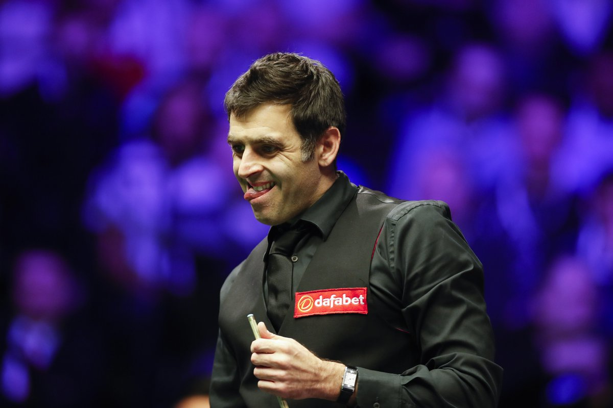 Ronnie O'Sullivan headlines the opening night of this year's World Grand Prix! 🙌  How about this for a #GetAPrice?  - O'Sullivan to lead after 4 frames - Hit 1+ Centuries - Win the match  13/8 ➡️ https://t.co/dqQ931g0bY