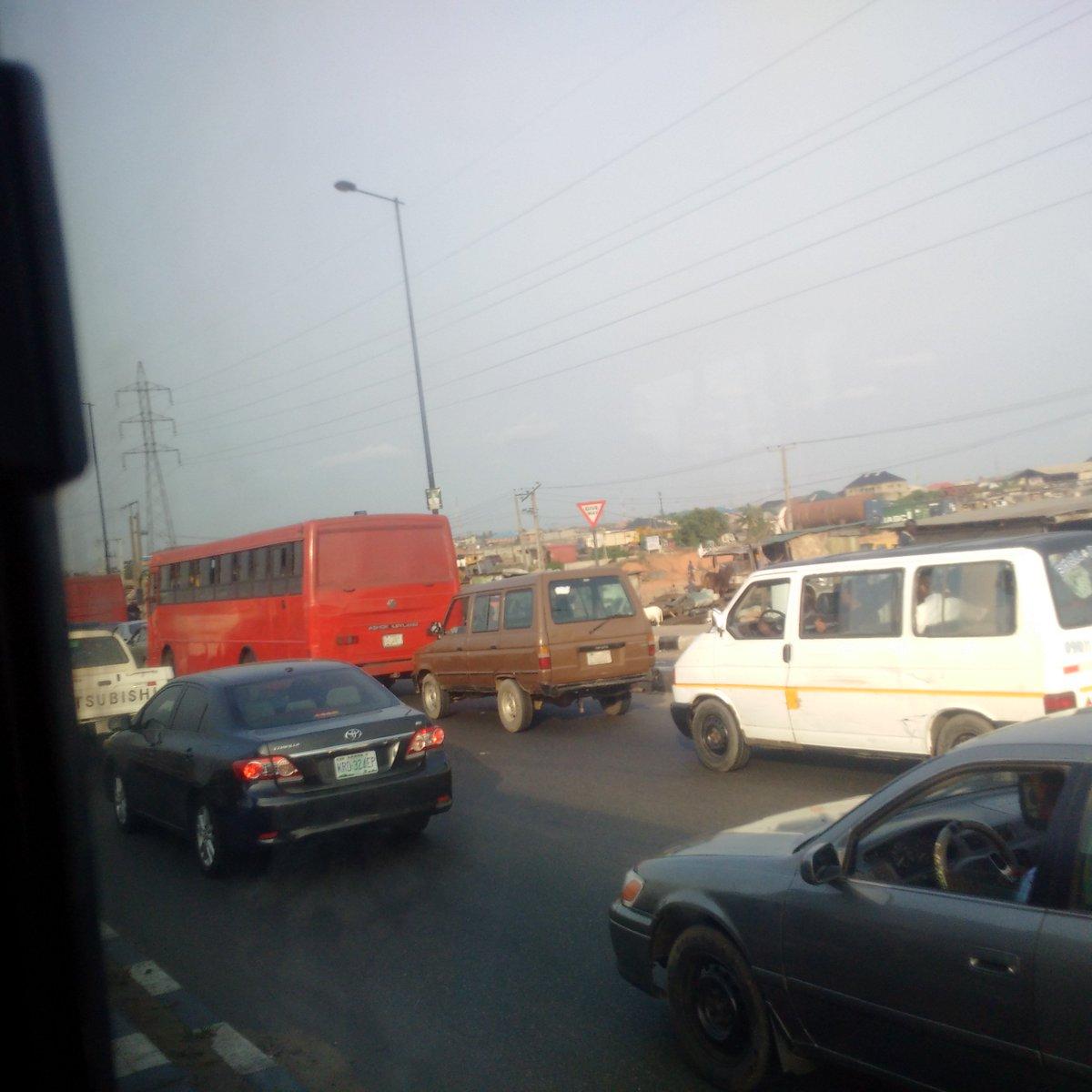 #traffic twitter.