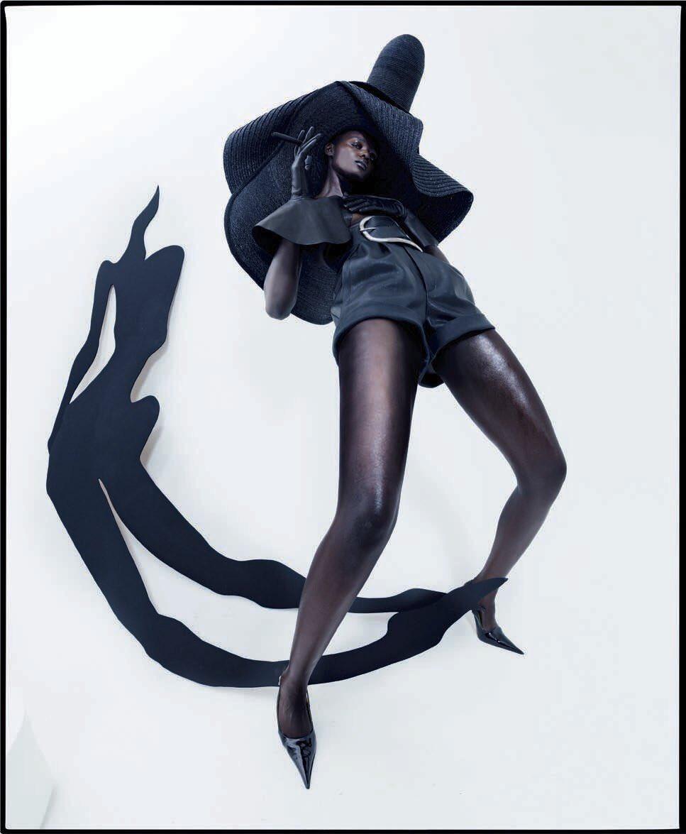 RT @blkgirlculture: Duckie Thot for Vogue Italia, February 2018 🖤 https://t.co/VwKjlRYxUG