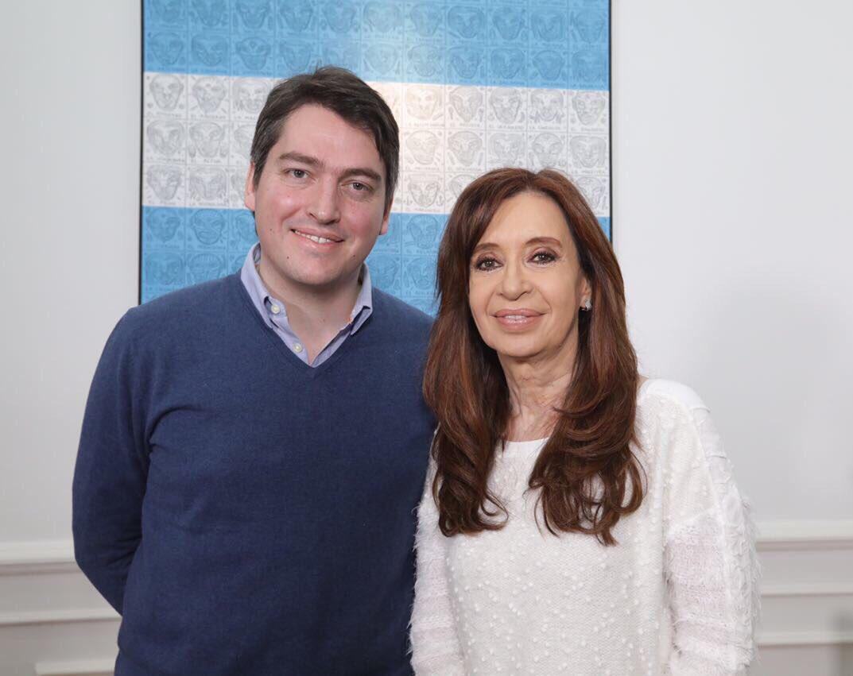 Feliz cumpleaños querida compañera @CFKA...