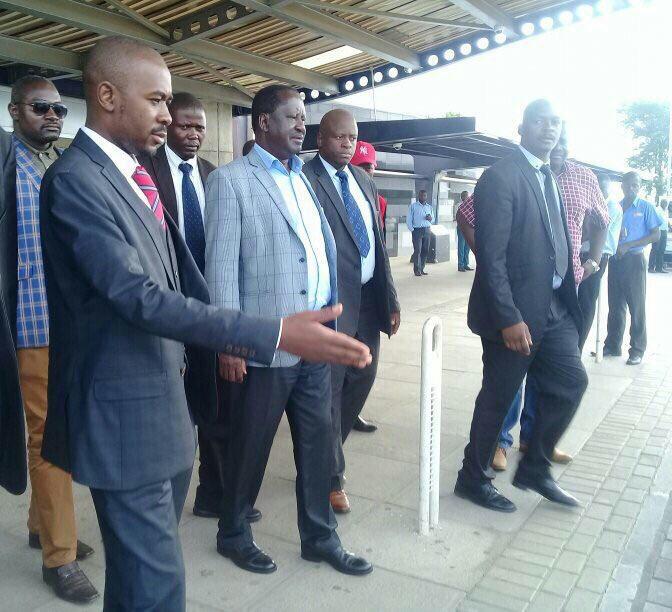 Kenyan President Raila Odinga @RailaOdinga arrives in Zimbabwe to attend the funeral of Former Prime Minister Morgan Tsvangirai