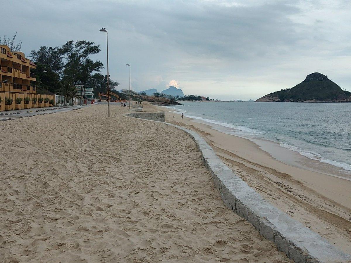 Obras na Praia da Macumba seguem sem danos causados pelas chuvas. #prefeituraRIO #PraiaDaMacumba pic.twitter.com/ktjcfijL4B