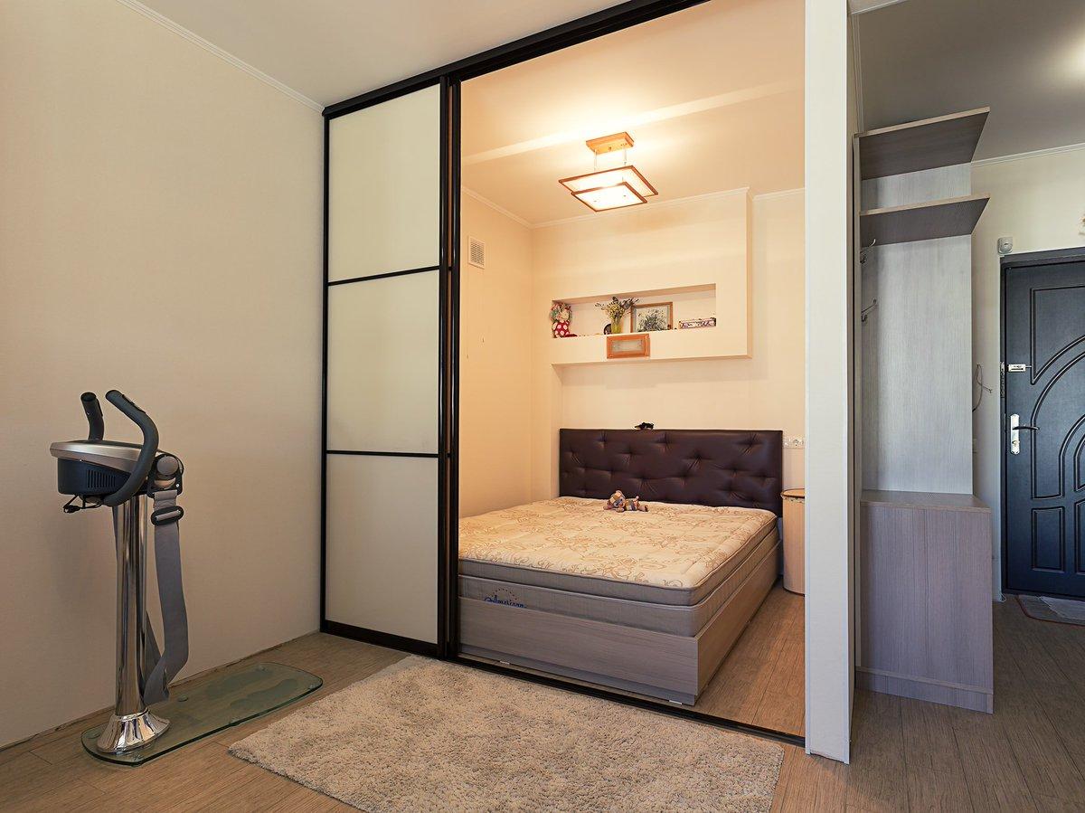 получал образование, встроенная кровать в однокомнатной квартире фото проблемы могут