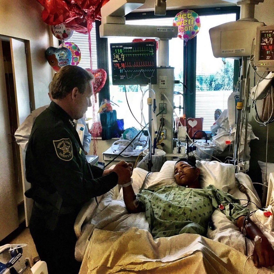 Anthony Bourges you are a hero my man. Sacrificing yourself to help others get to safety. 🙏🏽 #hero #beautifulpicture #ParklandSchoolShooting