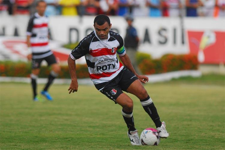 Dutra é o novo técnico do sub-20 do #SantaCruz https://t.co/7BMFFuUXpz