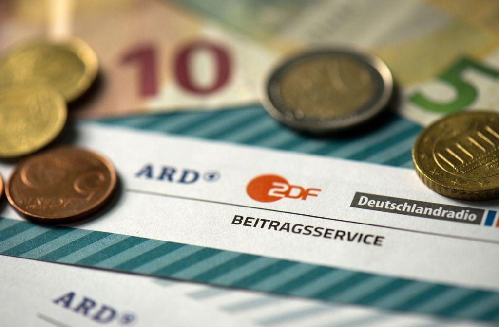 Rundfunkbeitrag bis 2020: Millionen-Überschuss bei ARD und ZDF stuttgarter-zeitung.de/inhalt.rundfun…