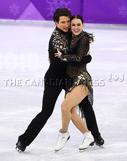 Hey Canada, final flight of ice dance starts at 10:40 p.m. ET. @tessavirtue and @ScottMoir skate likely their final competitive program at 11:13 p.m. ET.