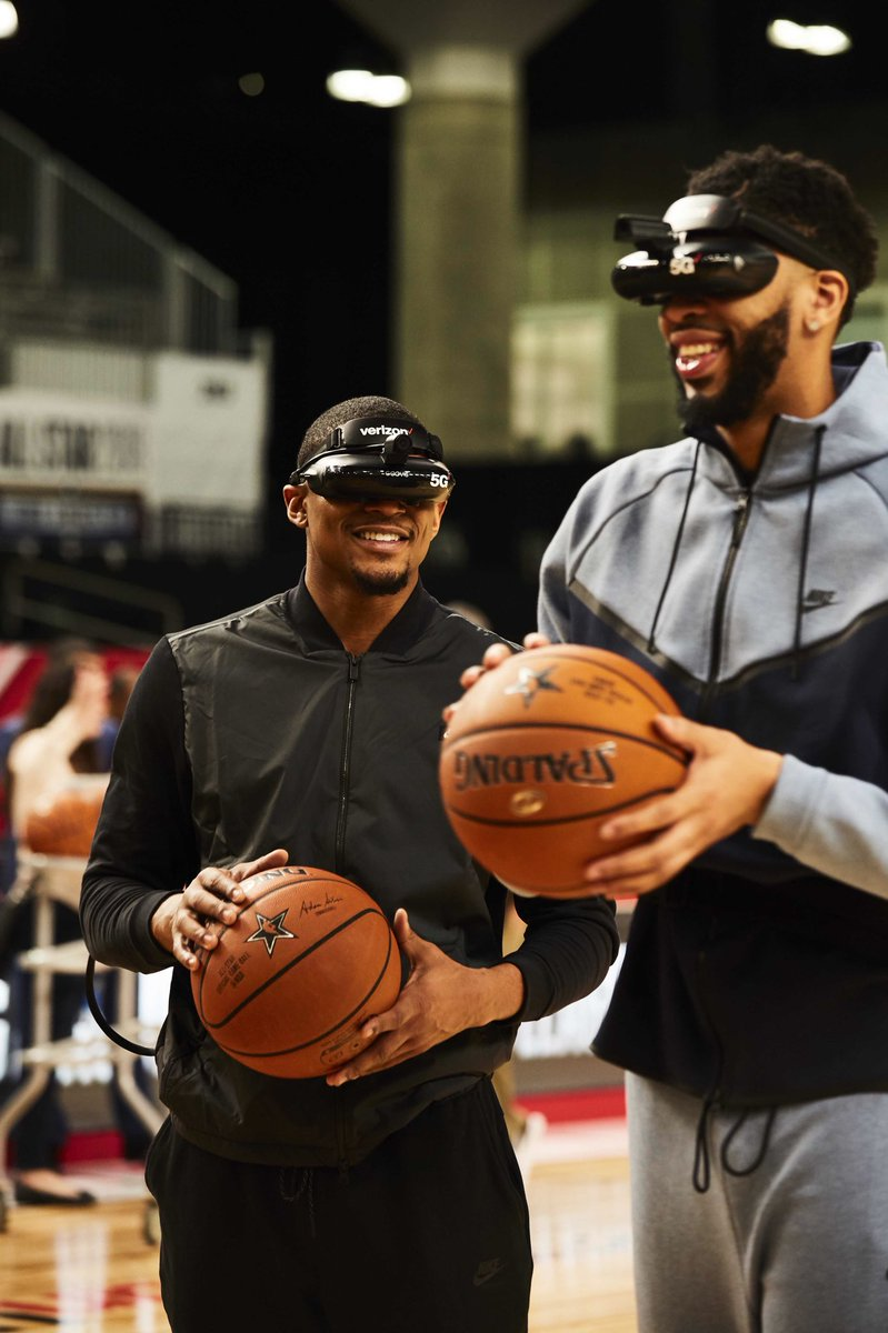 @AntDavis23 @verizon 💯we'll be playing an ASG like this one day. Sheesh!! 😎