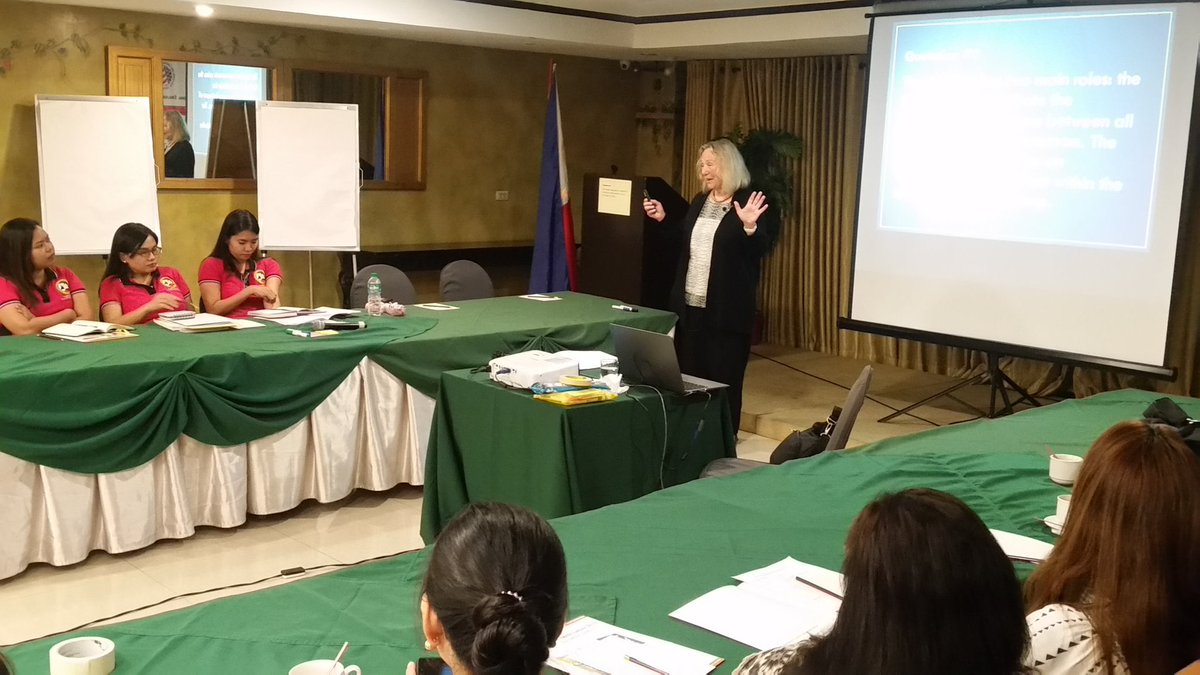 LOOK: American expert Dr. Donna M. Brinton leads a three-day workshop for Filipino public school teachers as part of the U.S. State Dept.'s English Language Specialist Program | @roymabasa