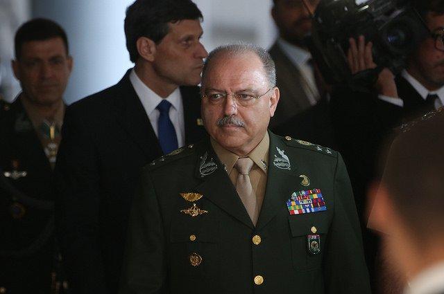 Bob Fernandes: Decifrando Etchegoyen para entender a intervenção militar e o golpe https://t.co/ChKDM72ius
