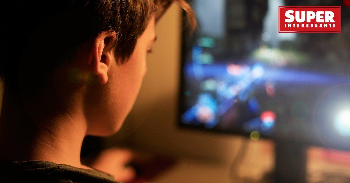 Adolescentes que passam menos tempo na frente de telas são mais felizes: https://t.co/UqOv71wc2r