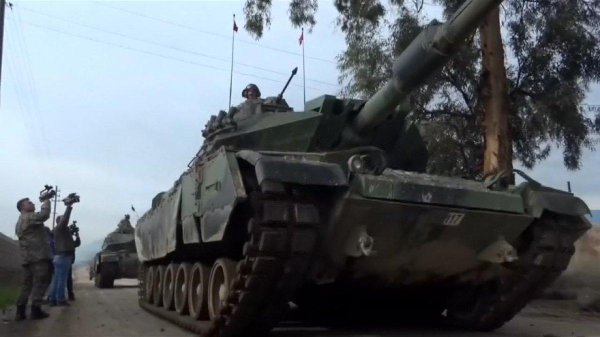 🔴 BREAKING: Syrische Regierungstruppen rücken in Afrin ein https://t.co/rWiwj4X97J