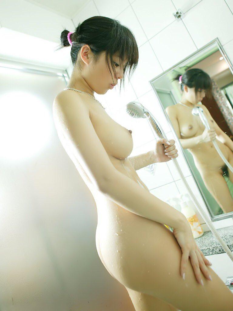 美女の公然猥褻ダンス-002