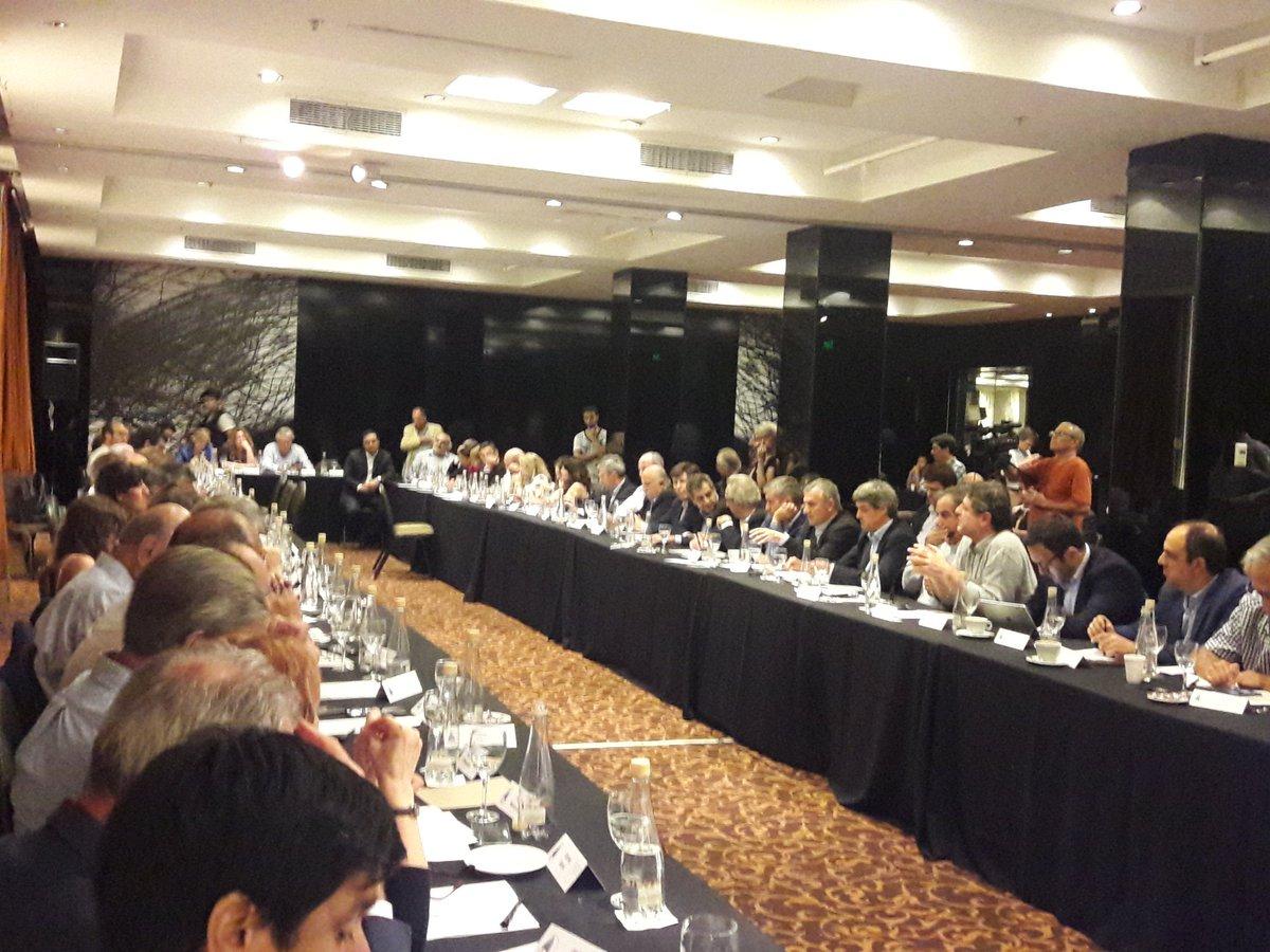 Macri recibió en Olivos a Cornejo y demás autoridades de la UCR