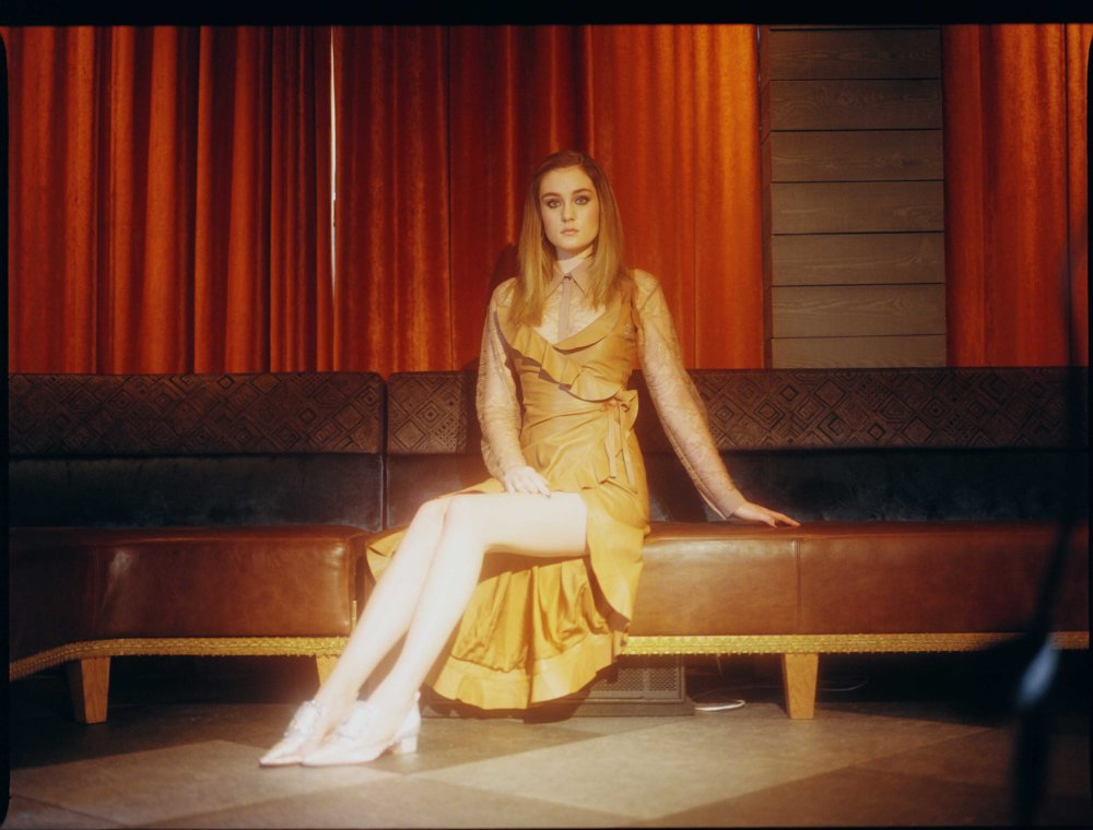 .@gracevcox, the head vixen in Paramount's retooling of beloved '80s film @Heatherstv, sounds off on why the mean girl archetype endures https://t.co/XdhvueAa1g