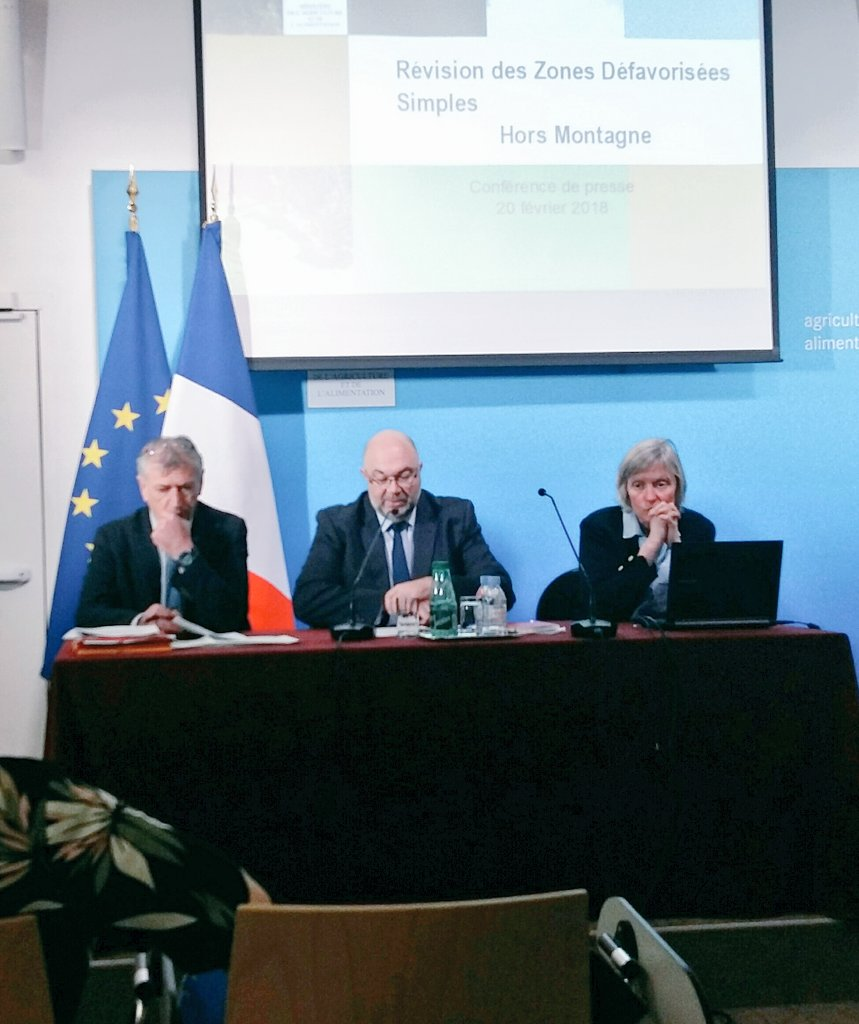 Conférence de #presse de @StTRAVERT à l'issue du comité national de pilotage des zones défavorisées simples #ZDS