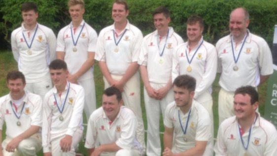 🏏 Carew declare on 18-1 so they win the league instead of their opponents, Cresselly.  😡 Carew's title is upheld, but they are also relegated to Division Two.  👀 Carew and Cresselly are drawn against each other in a 300-team national cup.  ➡️ https://t.co/ijkZ7GaKER