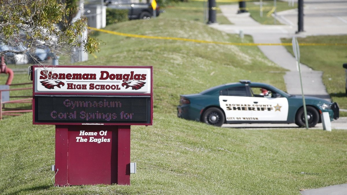 Florida teacher asks for handwritten letters to students after 'horrific' shooting https://t.co/LyZzquctpi