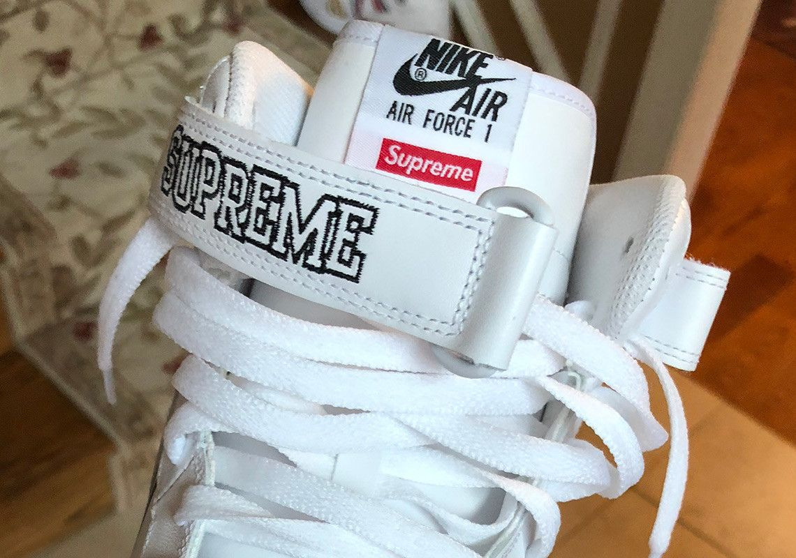 timeless design 05863 92b92 Sneaker News on Twitter