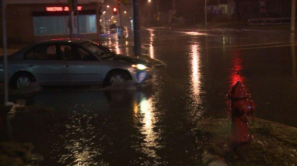 Rain leading to flooding across southeast Wisconsin https://t.co/fSmFWloKOu