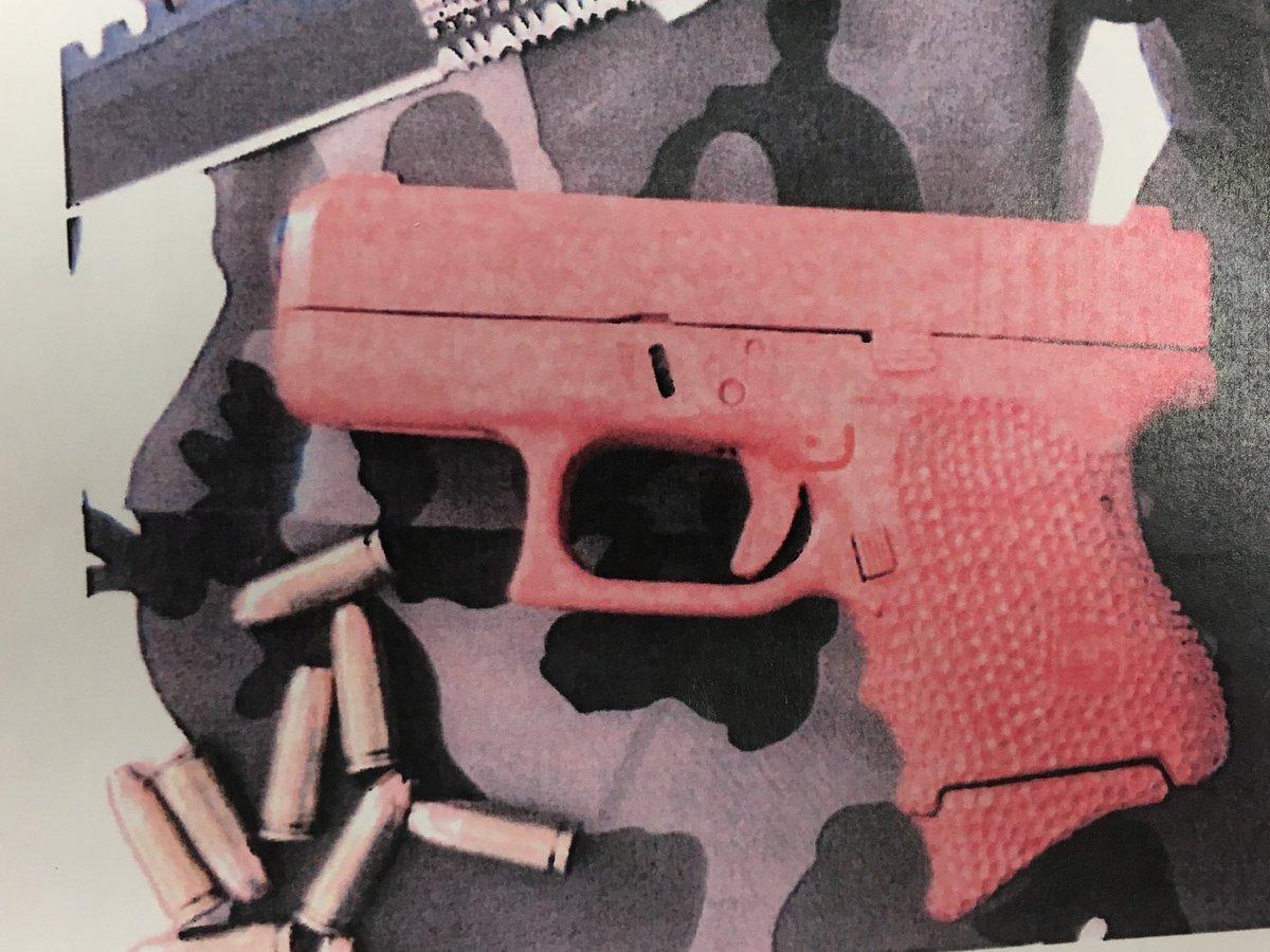 Deland : Real handgun left cell phone gun cell phone led lockdown