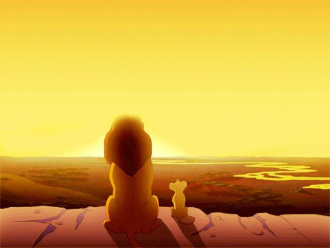 -Mira Simba todo lo que toca la luz es l...