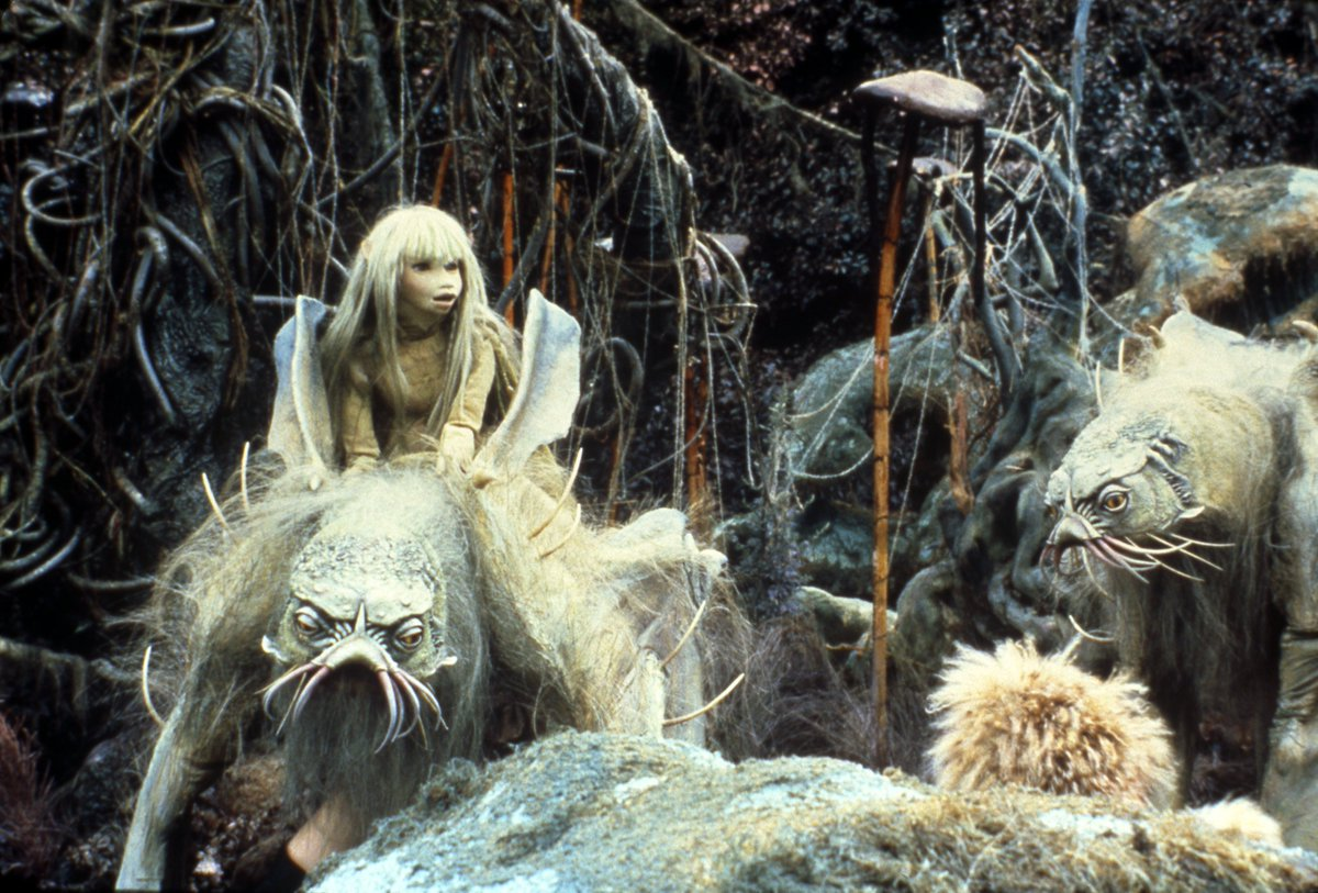 Join Jen and Kira on a dangerous journey to find a legendary relic and restore harmony to the universe in #TheDarkCrystal, returning to the big screen! bit.ly/2nDYFBJ