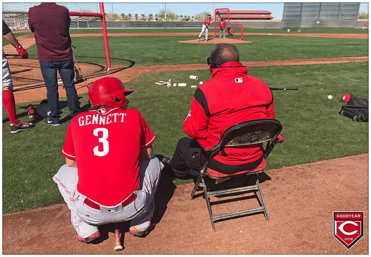 Second basemen who rake. #RedsST 🌵⚾️ htt...