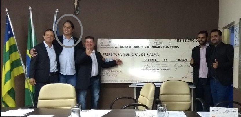Condenado por comprar cola de exame da OAB faz carreira como vereador https://t.co/LoKzCfwgnA por @eduardomilitao