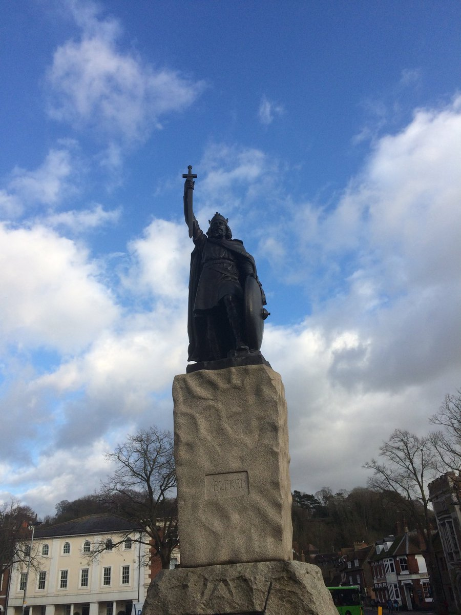 Wintery Winchester's winter king, enjoying some blue skies this afternoon. Anyone for cakes ?